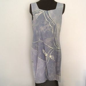 $10 item Dress from LosManis in Indonesia.